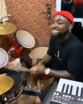 Davido drumming during praise and worship
