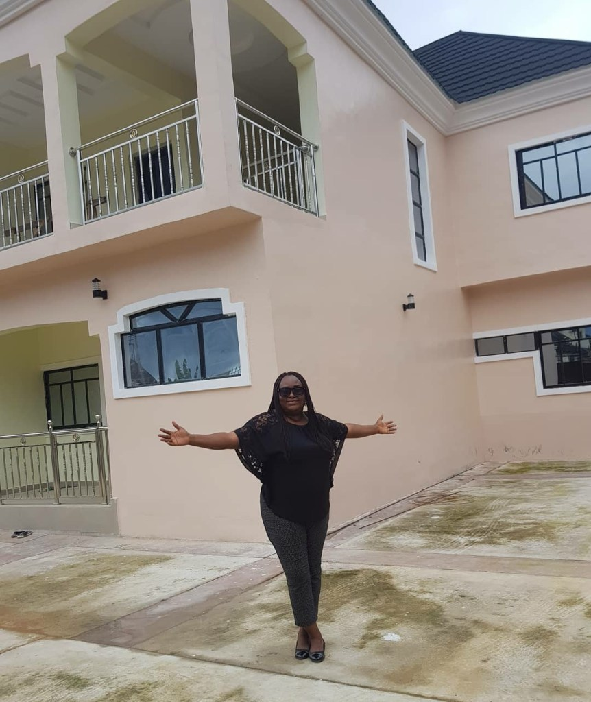 Emem shows off his multimillion naira house