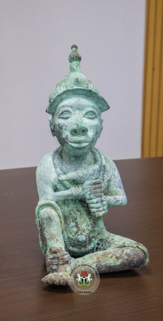 Stolen Ile-Ife artifact returned to Nigeria
