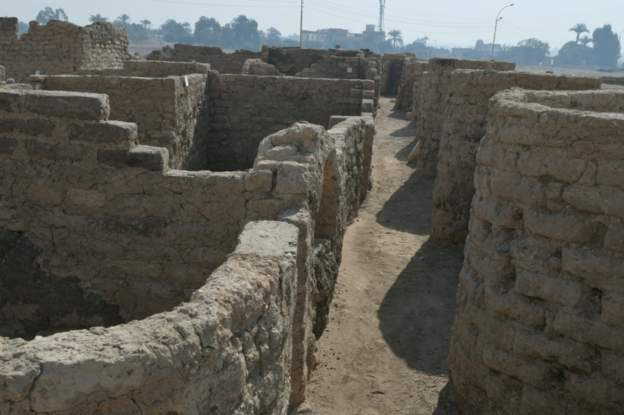 Lost city discovered in Egypt