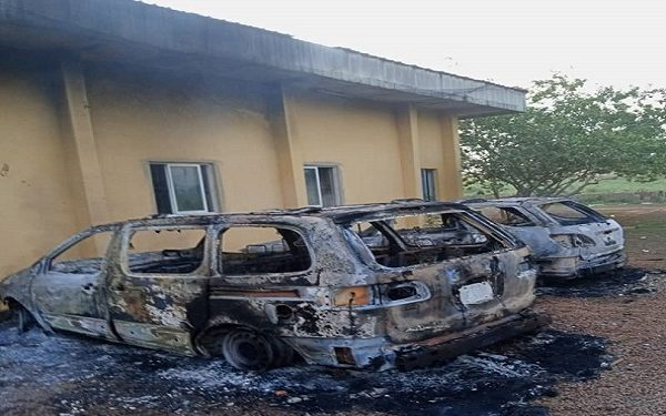 Anambra police burnt by hoodlums