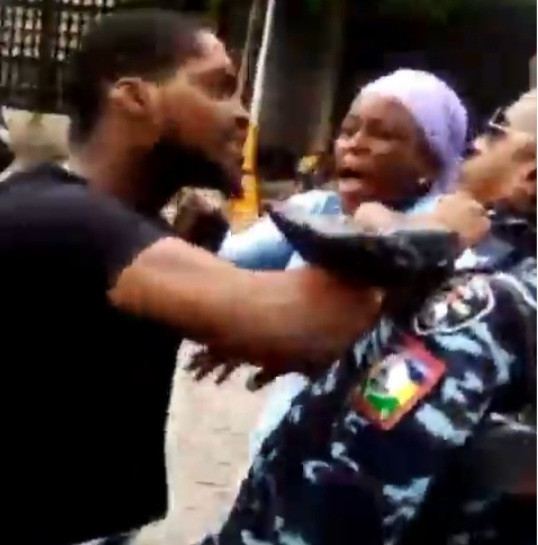 Traffic offender assaults police officer