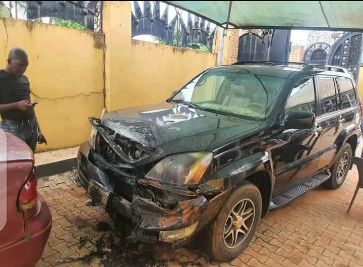 Igwe Ifitedunu's palace destroyed by gunmen