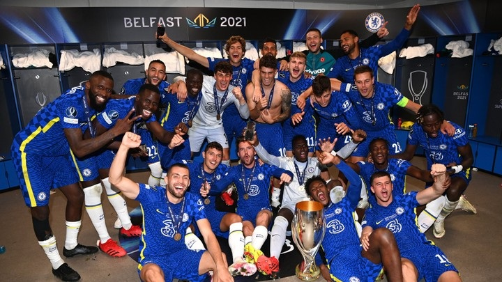Chelsea players rejoicing after winning UEFA super cup