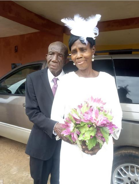 99-year-old Nigerian Man Marries His 86-year-old Partner After Decades  Together (Photos)