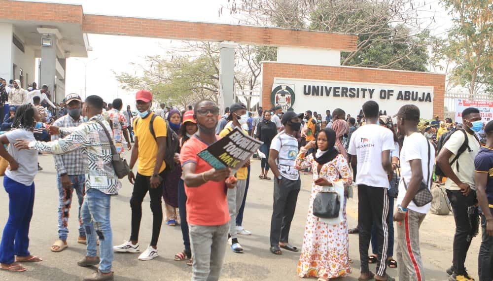 UniAbuja students protesting