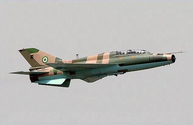 BREAKING: Military Aircraft Crashes On Abuja Runway