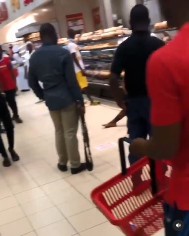 SARS officials attempting to arrest man inside Shoprite, Ogun state