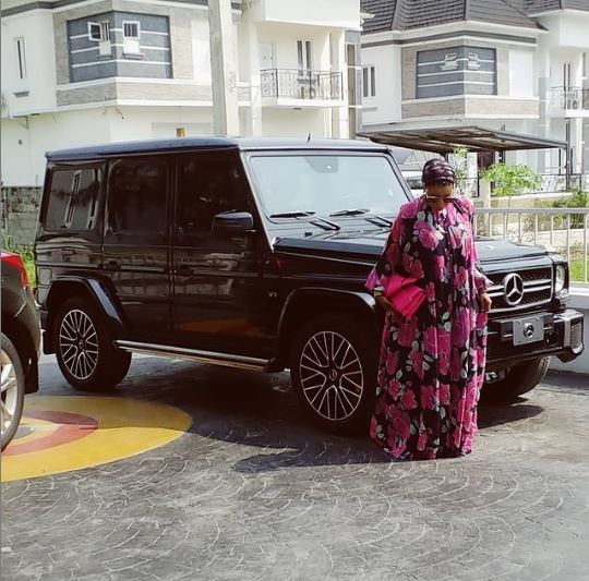 Anjorin shows off her new car