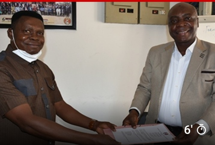 Ayo Olowonihi (Right) becomes EFCC head of Academy