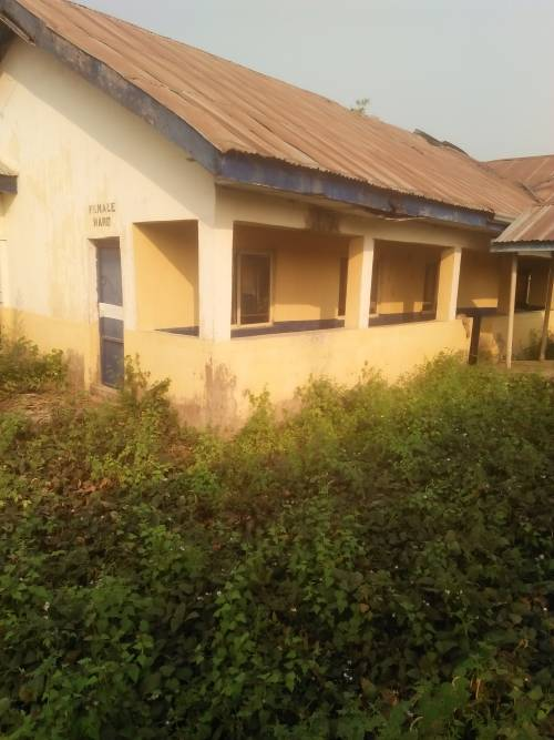 Inside Kogi Hospital Of Horror Where Snakes Chase Patients From Wards, Nurses Fetch River Water (Photos)
