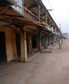 Traders shut popular market in Aba