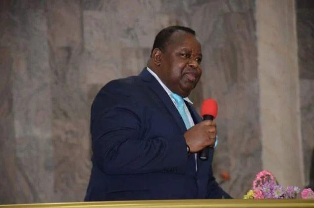Stephen Akinola