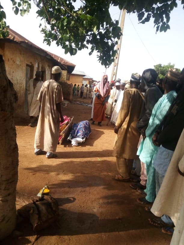 Residents bury loved ones killed by bandits in Kaduna