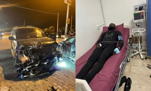 Yomi Casual survives accident