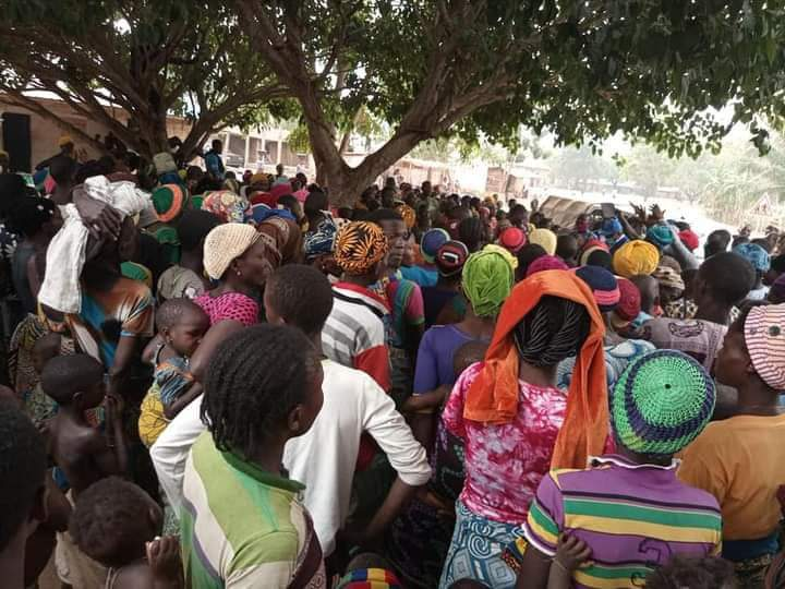 Yewa people in Ogun escape to Benin republic to avoid herdsmen attack