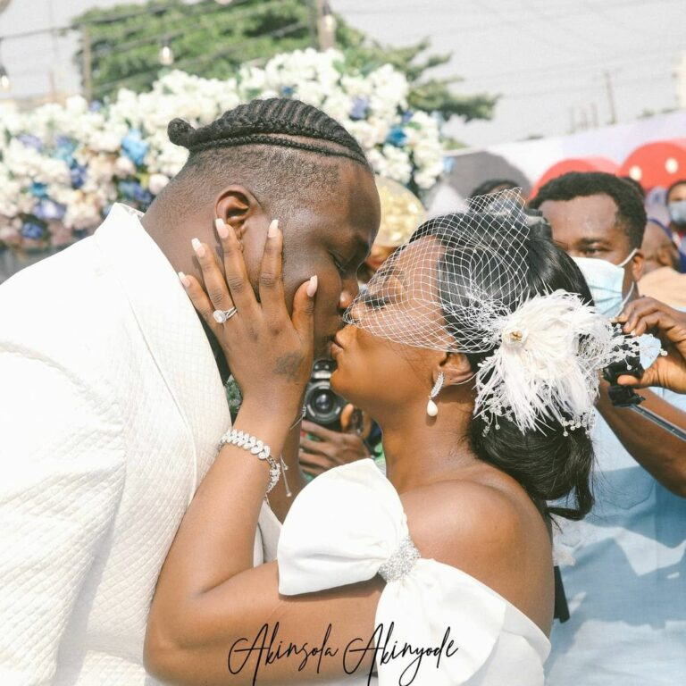 "Even After 2 Kids You Didn't Put Pressure On Me"" – Hypeman, Shody Says As He  Marries His Babymama - All Naija Media"