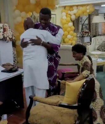 Oyedepo's wife kneeling to greet Pastor Adeboye
