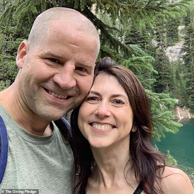Scott marries school teacher