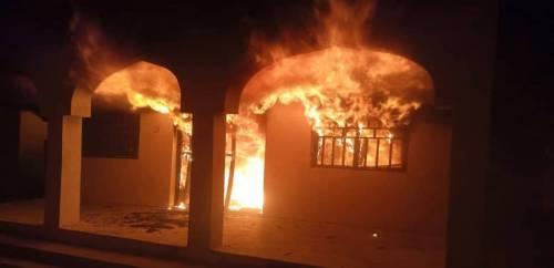 Boko Haram terrorists burn houses and cars in Yobe