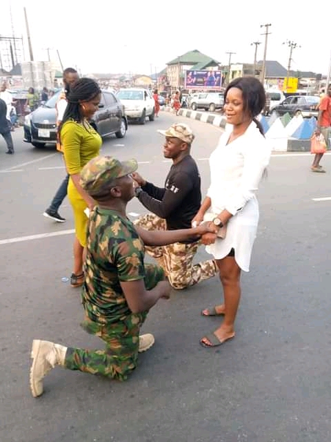 Soldiers propose to their girlfriends