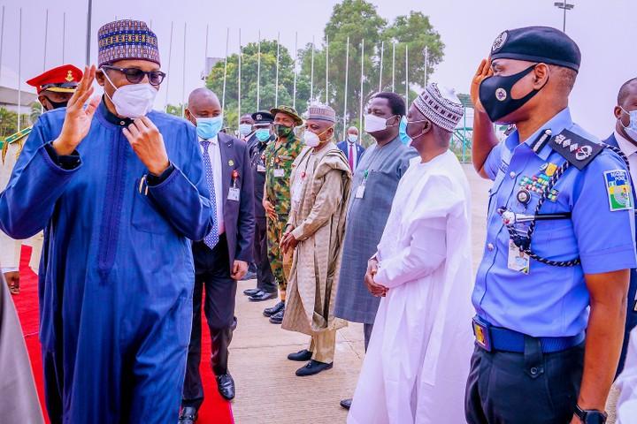 Buhari leaves Nigeria for London