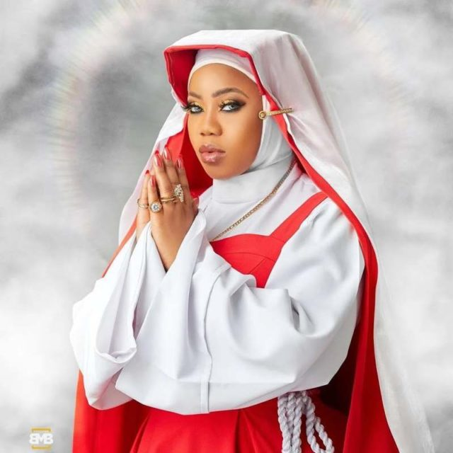 Lawani shares new photo in nun outfit