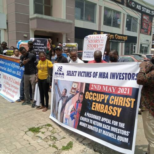 Nigerians protest at Christ Embassy