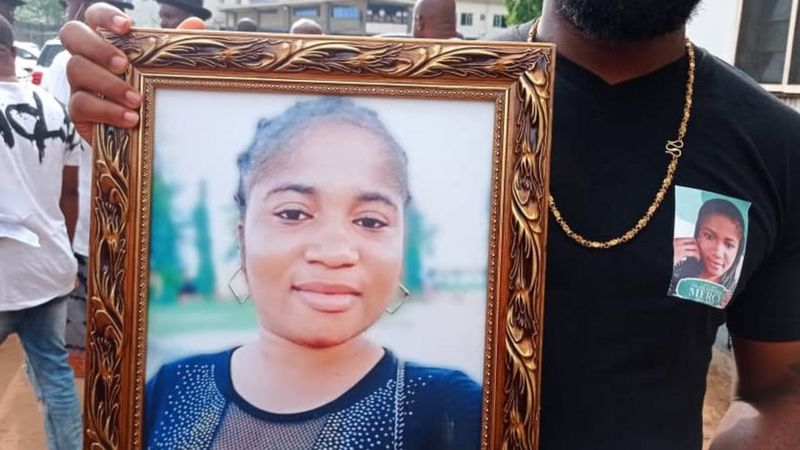 Commendienne Ada Jesus Buried Amidst Tears In Imo (Photos)
