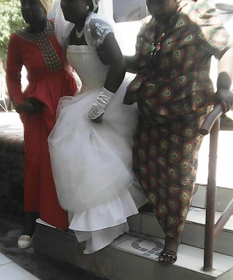 epic drama as lady crashes her boyfriends wedding leaving